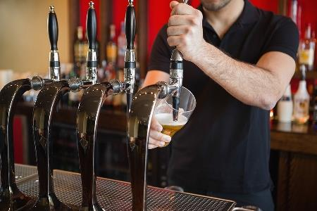 Things to Consider When Buying Beer Taps for Your Bar