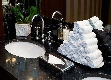 How to buy washroom products that suit your establishment