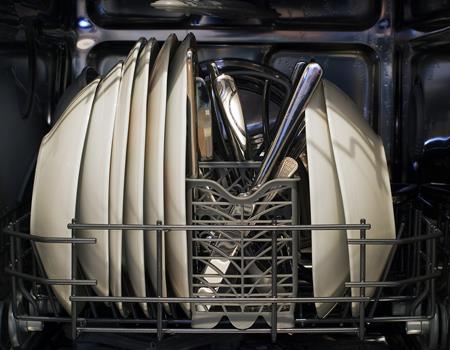 Things to Look Out for When Buying Commercial Dishwashers